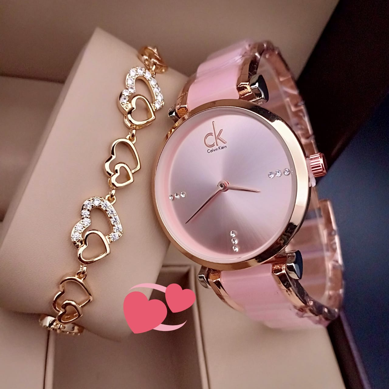 Round Dial Watch With Double Heart Style Bracelet