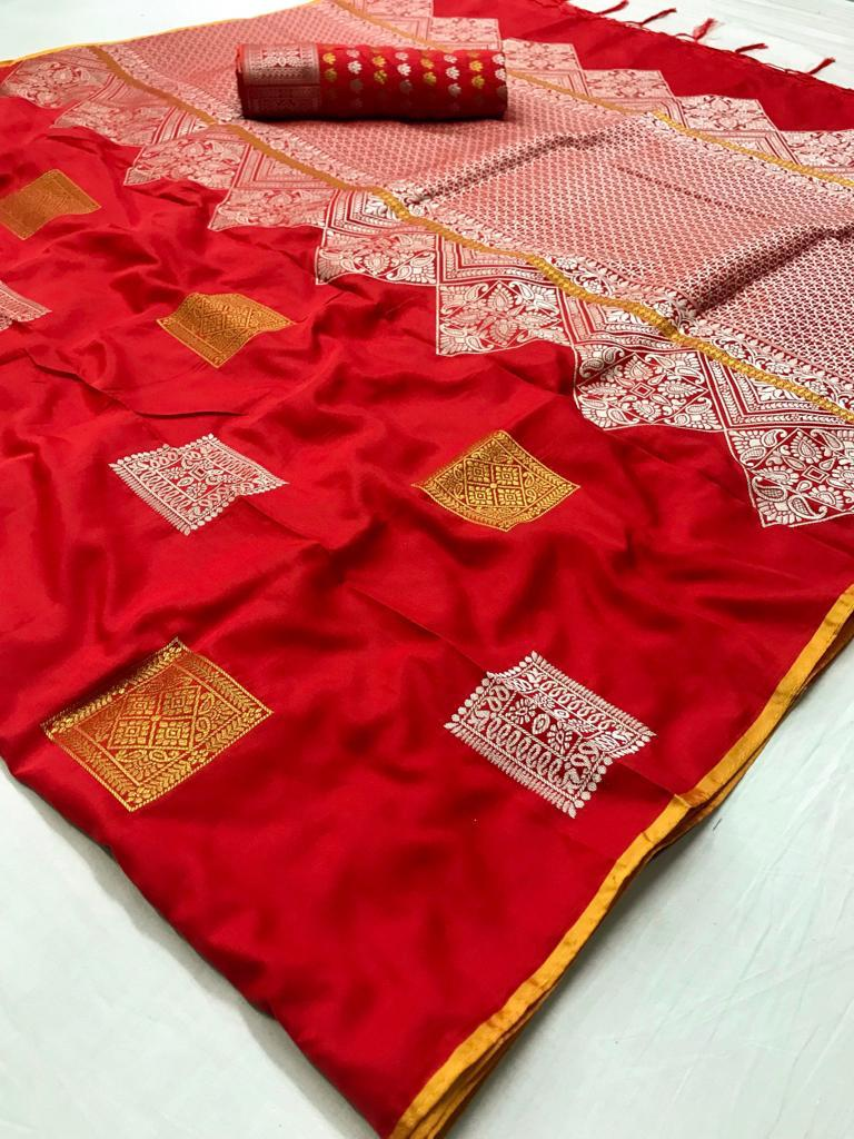 Red Color Soft Silk Saree With Running Blouse for Women