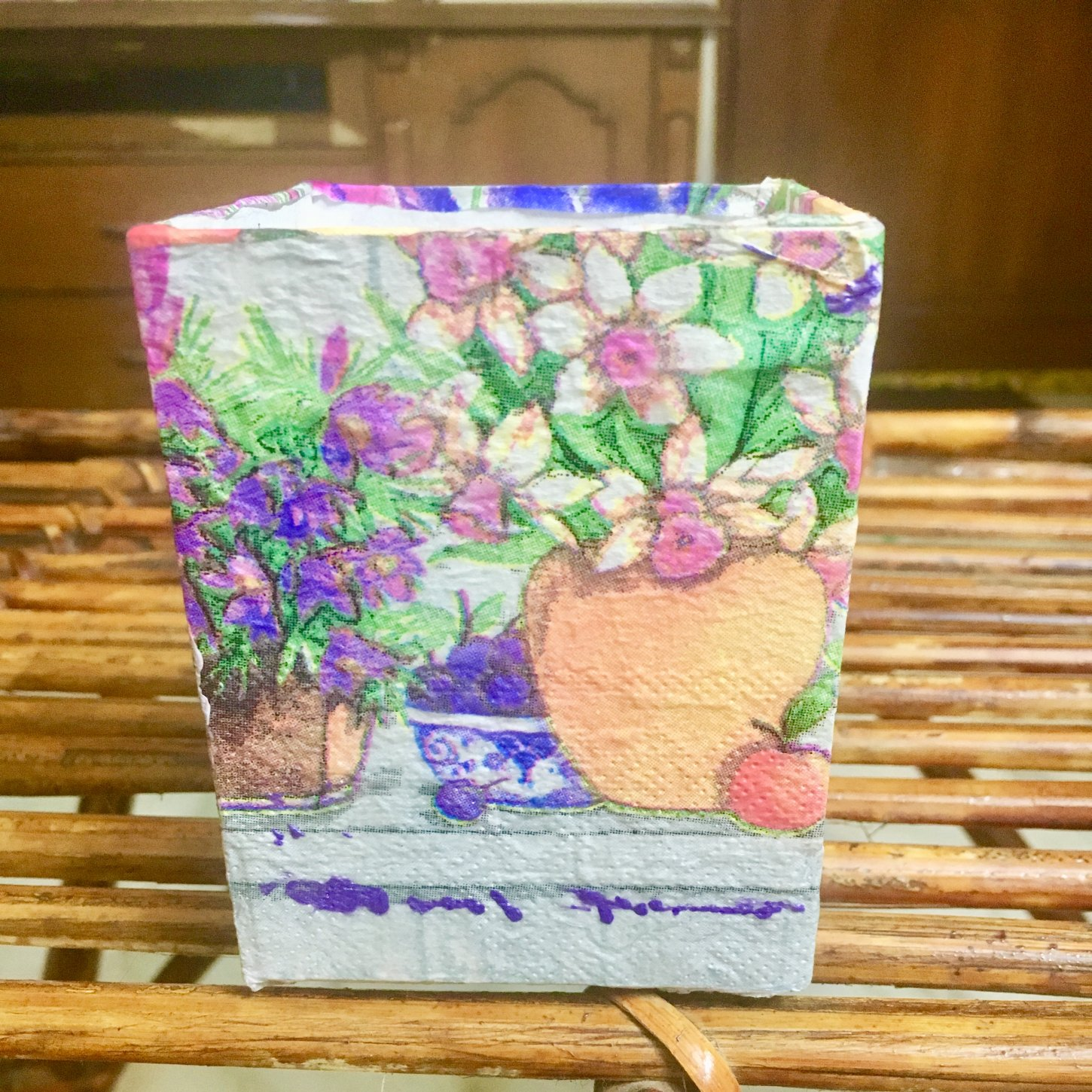 Beacuter garden Based Decoupage Pen Stand