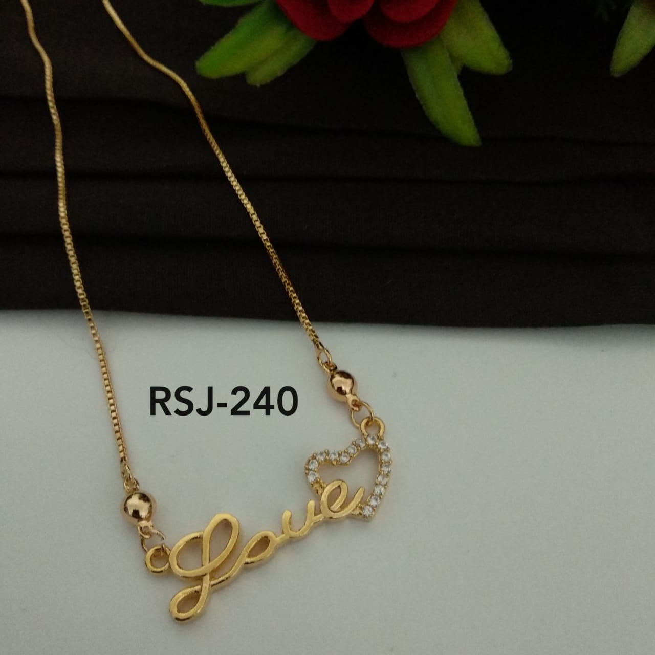 Valentines Special Rosegold Pendal